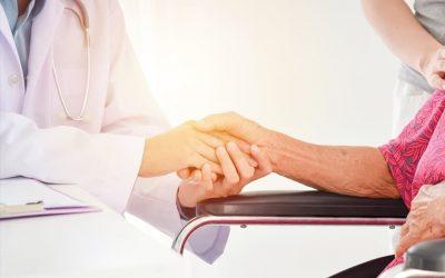 USR a depus proiect pentru sprijinirea persoanelor care îngrijesc vârstnici